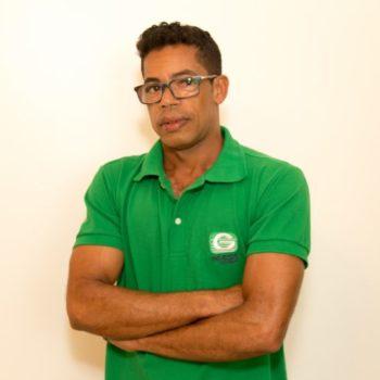 <b>Edson Santana Silva</b>