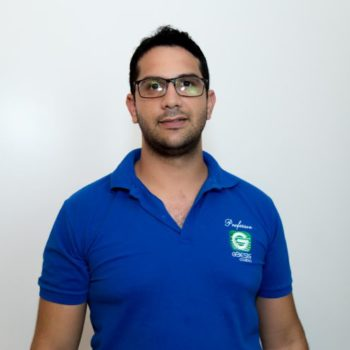 <b>Rodrigo Santa Cruz</b>